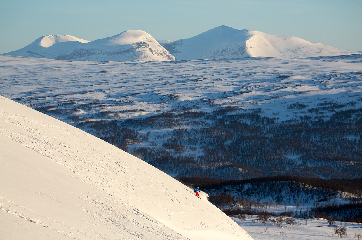 Off Piste Skiing in Jämtland Härjedalen  | Photo by Mark Going