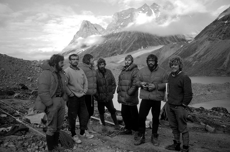 08-1971-Steve-Smith,-Ray-Gillies,-Dennis-Hennek,-Guy-Lee,-Phil-Koch,-Doug-&-Rob-Wood,-Baffin-Island