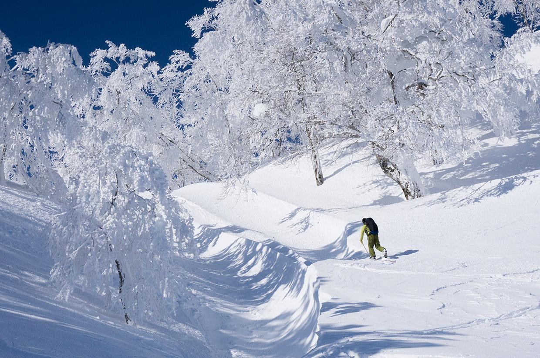 ski-touring-japan-02