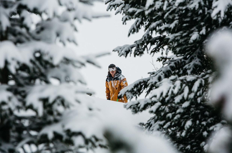 Faction ski trip between Kosovo & Montenegro