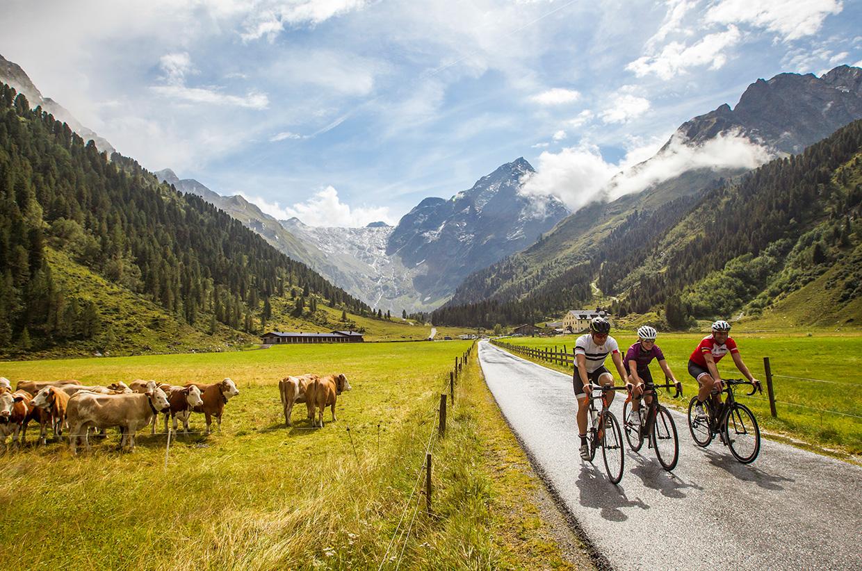 Road-cycling-tour(c)Innsbruck-Tourism_Erwin-Haiden